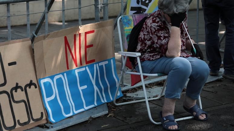 Журналист Spiegel: конфликт с Польшей для ЕС опаснее брексита, поэтому санкции необходимы