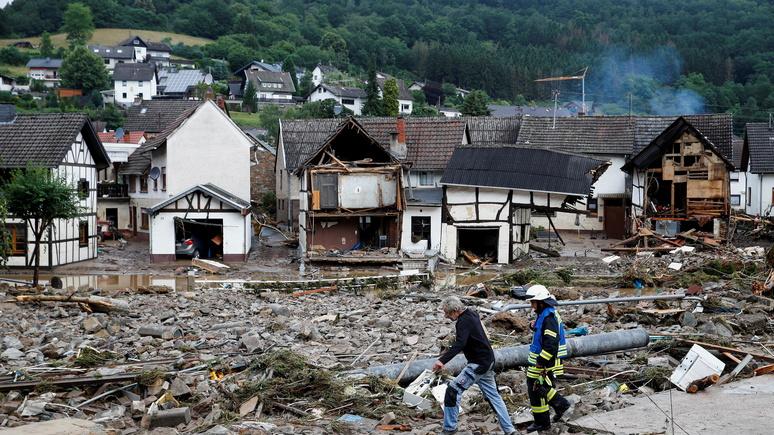 Independent: из-за наводнений в Германии более 1300 человек числятся пропавшими без вести