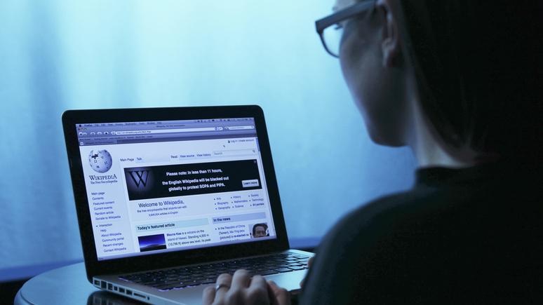 Daily Mail: «предвзята и контролируется демократами» — основатель «Википедии» больше не считает её источником объективной информации
