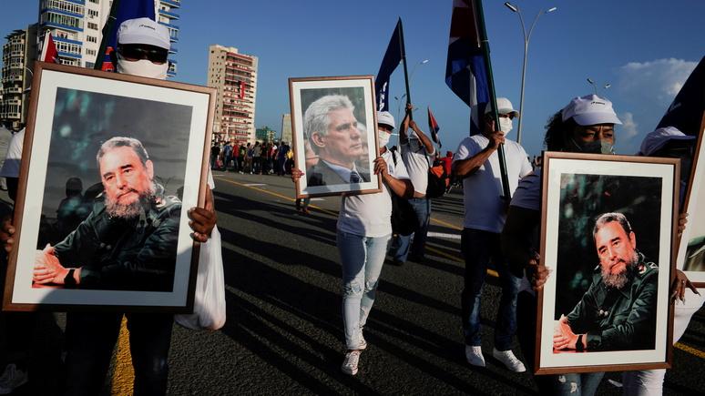 WP: в ответ на протесты кубинское правительство вывело на улицы тысячи своих сторонников