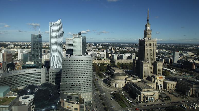 Серая зона — журналистка Polityka о том, куда заводит Польшу политика нынешних властей в отношении ЕС и России