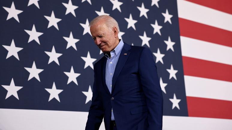 Hill: Байден теряет доверие американцев на фоне роста заражений COVID-19