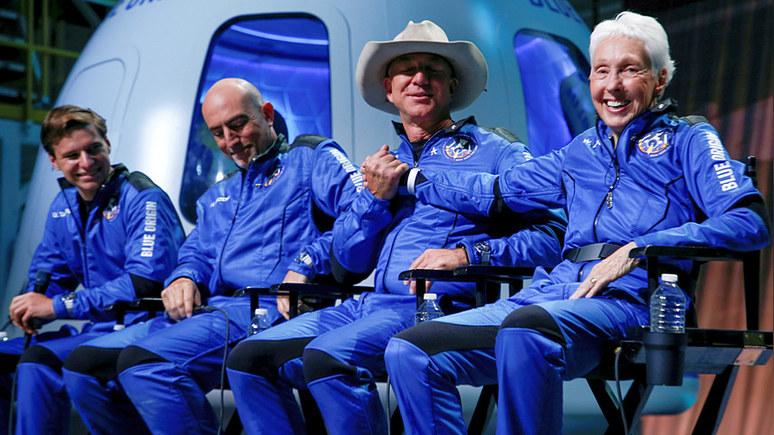 Insider: сенатор Уоррен призвала Безоса платить больше налогов после космического полёта
