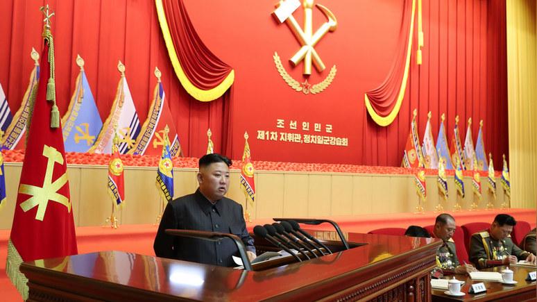 WP: повязка и синяк на голове дали повод новым слухам о болезни Ким Чен Ына