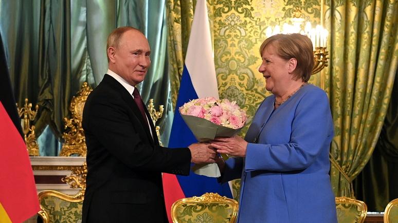 Одни розы и никаких уступок — Der Spiegel об «отрезвляющей прощальной встрече» Путина и Меркель