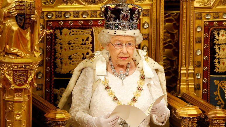 Guardian: «однозначно поддерживает» — представитель Елизаветы II рассказал об отношении королевы к BLM