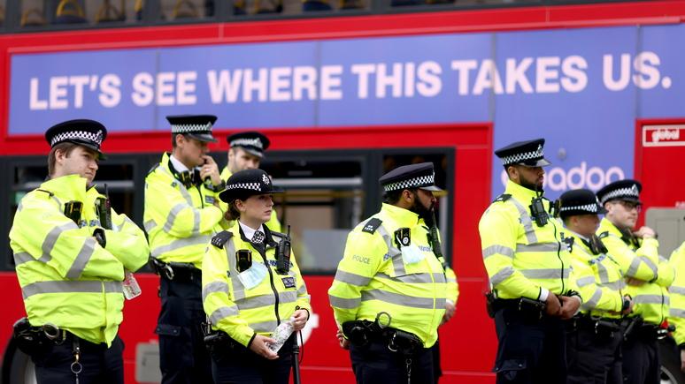 Independent: британское правительство сочло дискриминацию темнокожих и цыган в новом законопроекте «объективно оправданной»