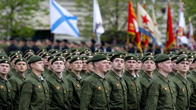 Российская оборонка может не осилить перевооружения