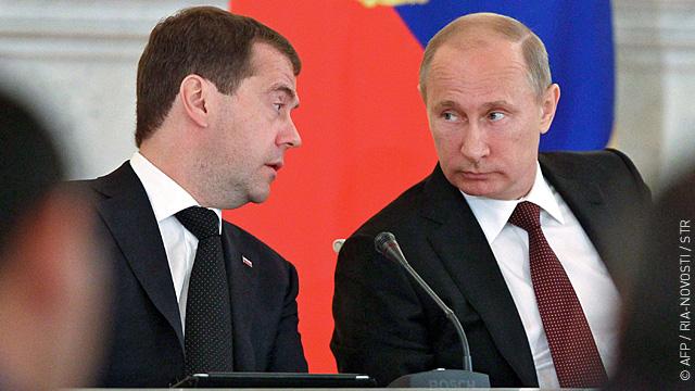Медведев ввел войска в Южную Осетию  после «пинка» от Путина