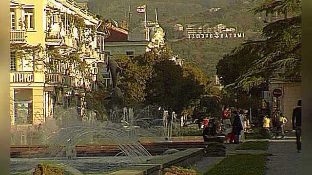 Российские туристы потянулись в Грузию