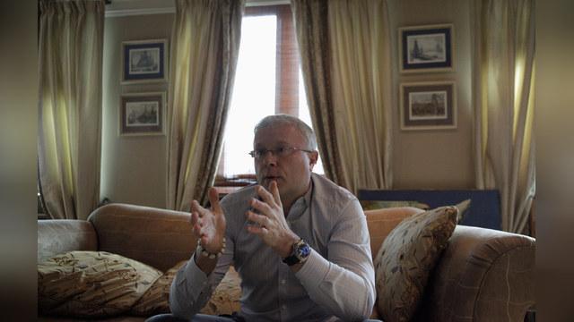 Лебедев выдвинул в совет директоров «Аэрофлота» годовалого сына