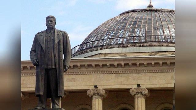 В Грузии о Сталине вспоминают чаще, чем в Австрии о Гитлере