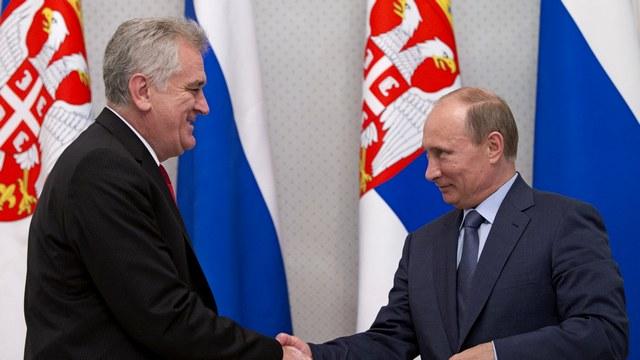 RFI: Сербия лавирует между Россией и ЕС