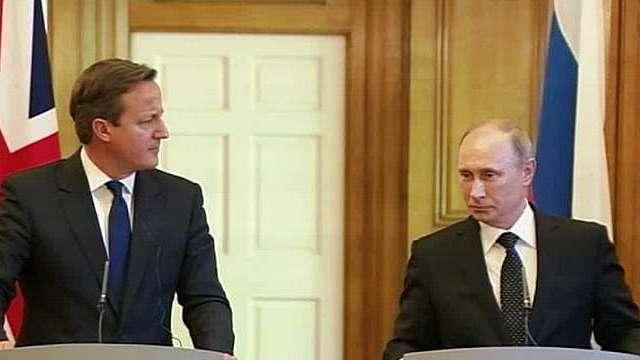 Кэмерон предложил Путину решить дело миром