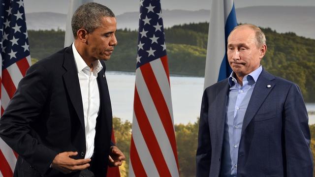 Daily Mail:  Язык тела выдал Путина и Обаму с головой