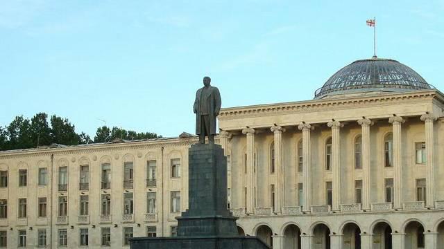 Саакашвили: Восстановление памятника Сталину – антигрузинский акт