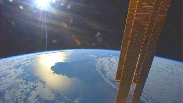 Российские космонавты установили новый рекорд в открытом космосе