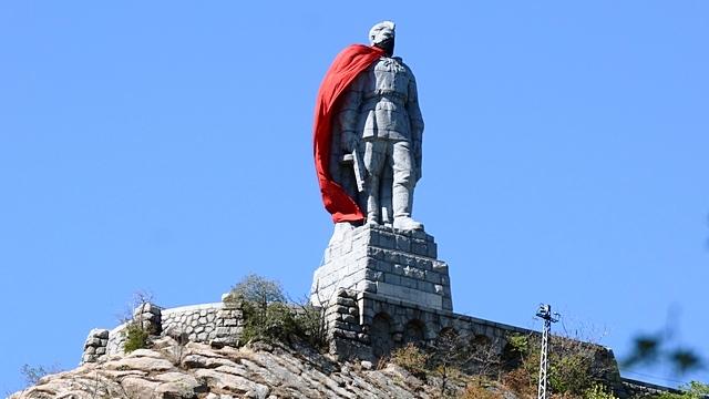 В осквернении памятника «Алеше» болгарский мэр увидел чувство юмора