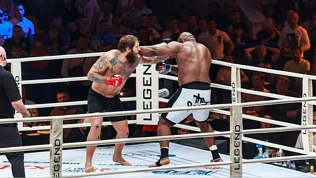 Запрещенный во Франции спорт стал русским хобби