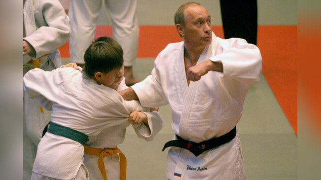 Daily Mail: Владимир Путин официально стал круче Чака Норриса