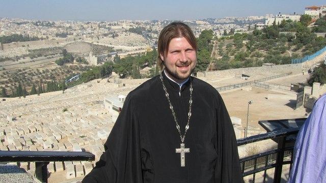 Священик, подозреваемый в педофилии, скрылся в Израиле