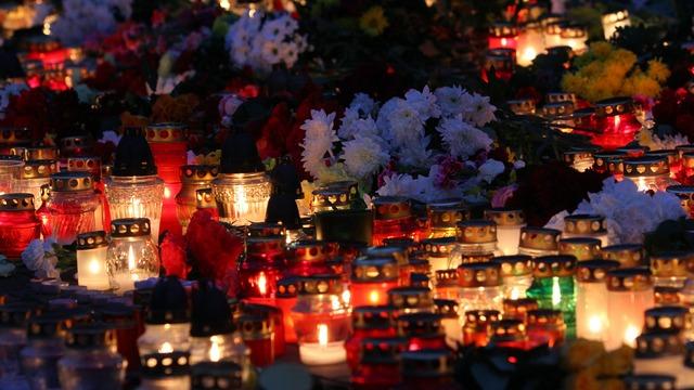 Президент Латвии: Обрушение Maxima - массовое убийство