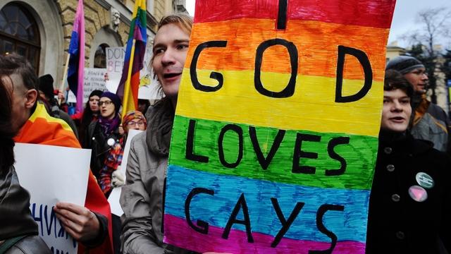 SFE: «Свидетели Иеговы» вдохновят российских геев на борьбу с системой