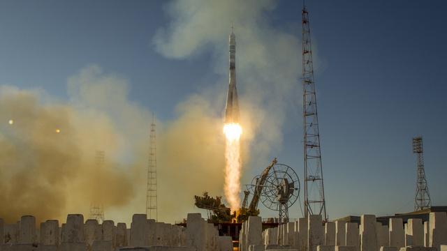 NBC: Космической реформе России мешают коррупция и кадровый голод