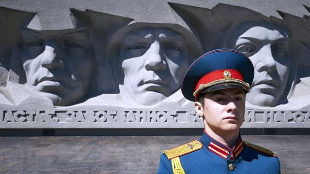 WP: Путин эксплуатирует патриотизм россиян к подвигу советского народа