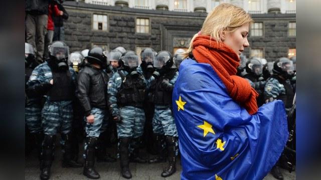 Le Monde: Украинцев тянет не в ту Европу