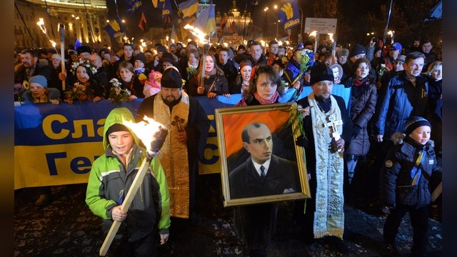 Нацисты в Киеве совершенно не смущают западных политиков