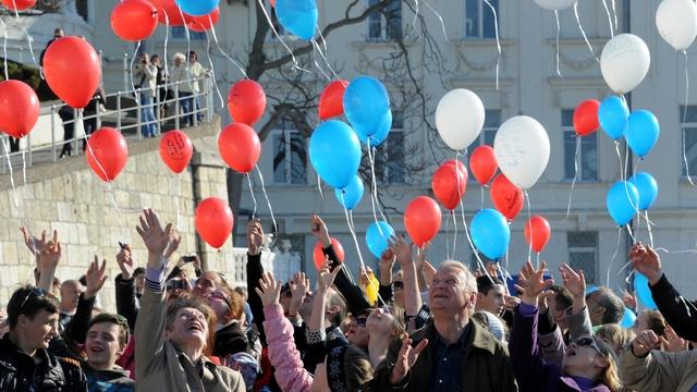 Французский журналист: Путин плохой демократ, он любит референдумы