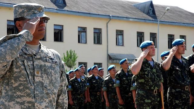 НАТО научит украинскую армию не бояться России