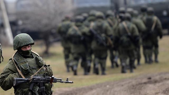НАТО: Неверно интерпретируя факты, РФ отвлекает внимание от своих действий