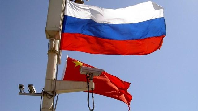 HuffPost: Страх перед Китаем заставит США забыть обиду на Россию