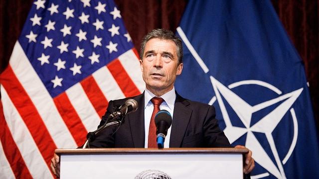 Генсек НАТО: Россия ведет себя как враг