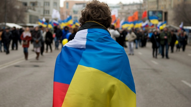 Опрос: Россияне считают украинцев и белорусов братскими народами