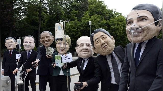 The Guardian: Лидеры G7 попробуют «подружить» Путина с Порошенко