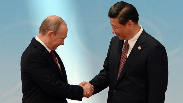 FT: У Москвы и Пекина свой взгляд на мечты Запада
