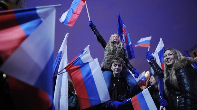 WP: Российская молодежь жаждет вернуть стране советскую мощь