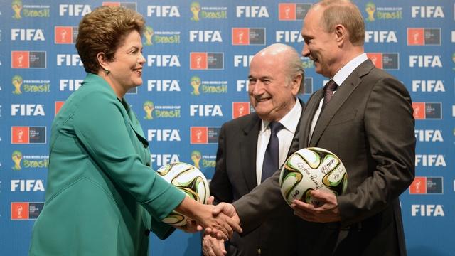 NBC: Путин щедро потратится на футбол, чтобы остаться у власти