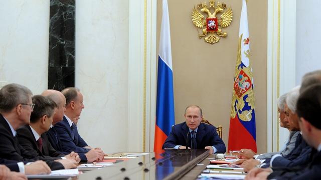El Mundo: Путин - прекрасный политик, но плохой экономист