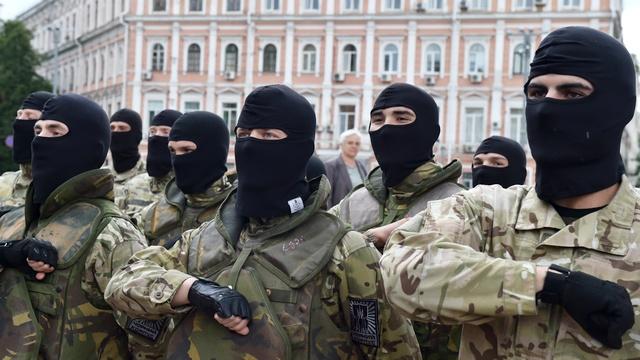 Кризис на Украине: с пророссийскими сепаратистами сражается бригада неонацистов