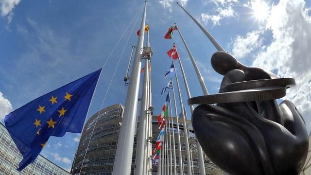 Contra Magazin: «Заигравшаяся в санкции» Европа губит сама себя