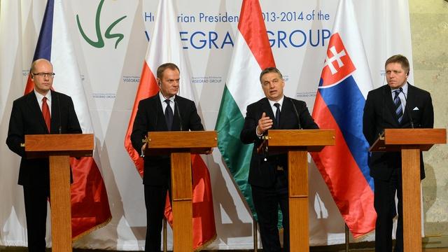 Bloomberg: В Восточной Европе знают, почему санкции Запада не работают