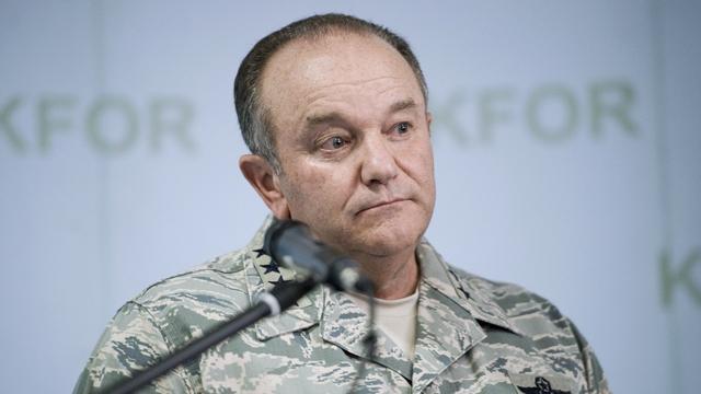 Генерал Бридлав ждет «зеленых человечков» в Восточной Европе