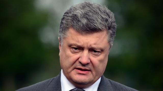 Le Monde: Петру Порошенко грозит «третий Майдан»