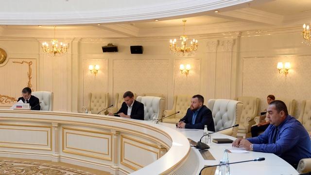 Le Monde: Украину спасут федерализация и азиатские миротворцы