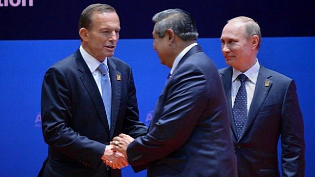 Австралийскому сатирику стало стыдно за «тупое позерство» Эббота перед Путиным