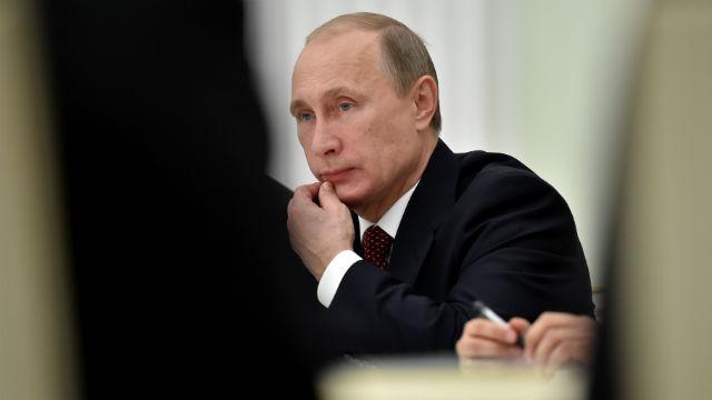 Соцопрос: Украинцы ненавидят президента России и не боятся его